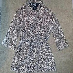 Sleep Sense short cotton leopard print robe e7052872e